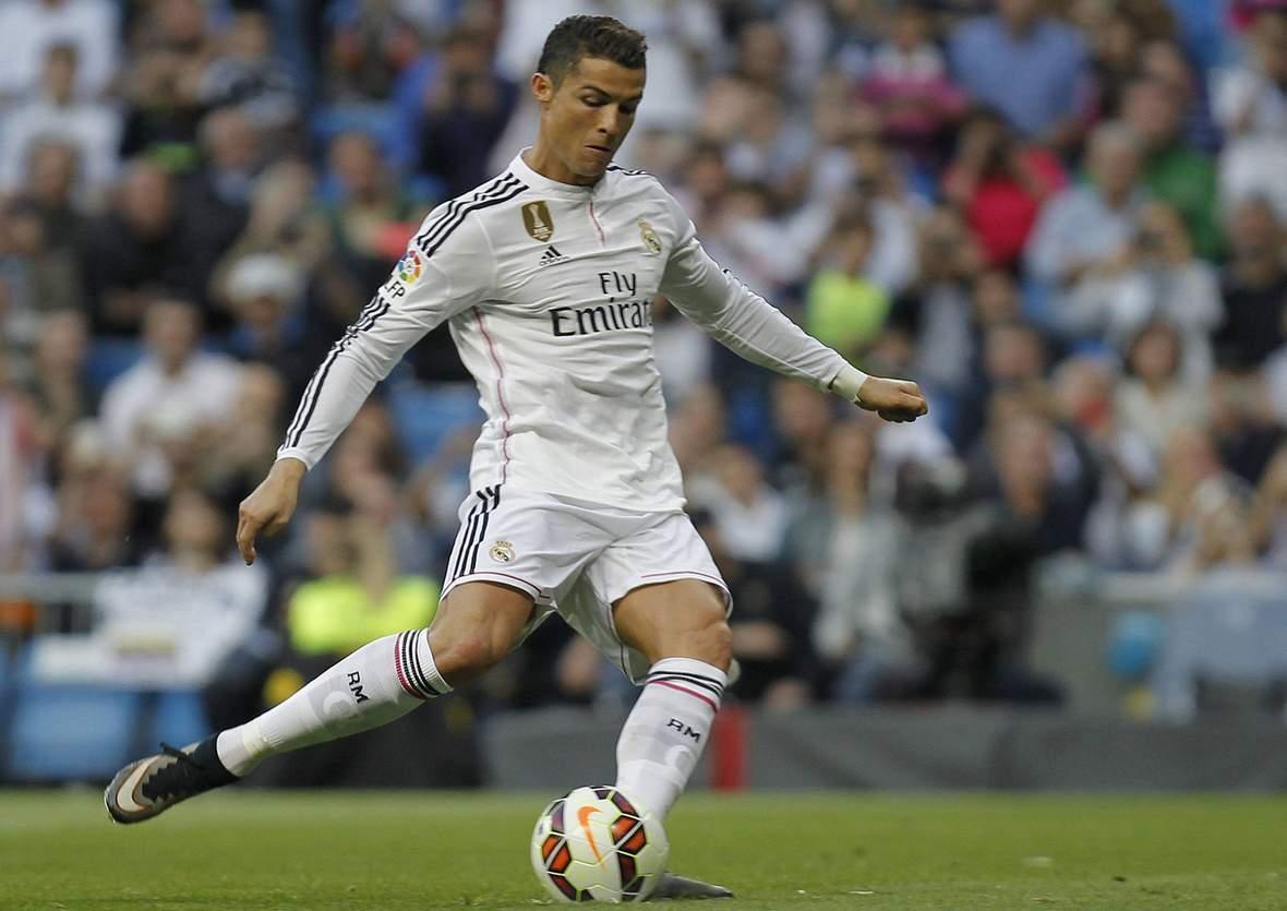 Cristiano Ronaldo zieht ab. Jetzt auf den Weltfußballer 2016 wetten!