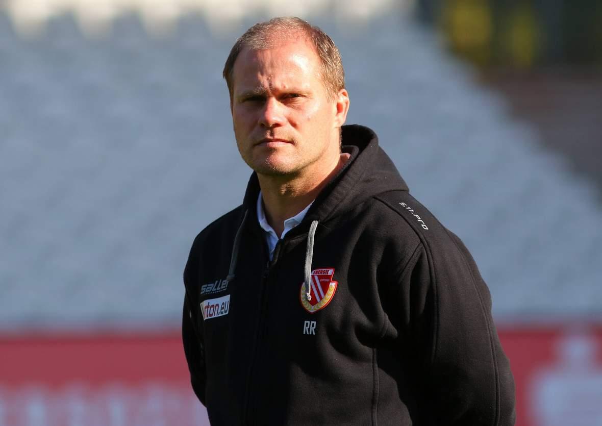René Rydlewicz steht heute in der 3. Liga an der Seitenlinie.