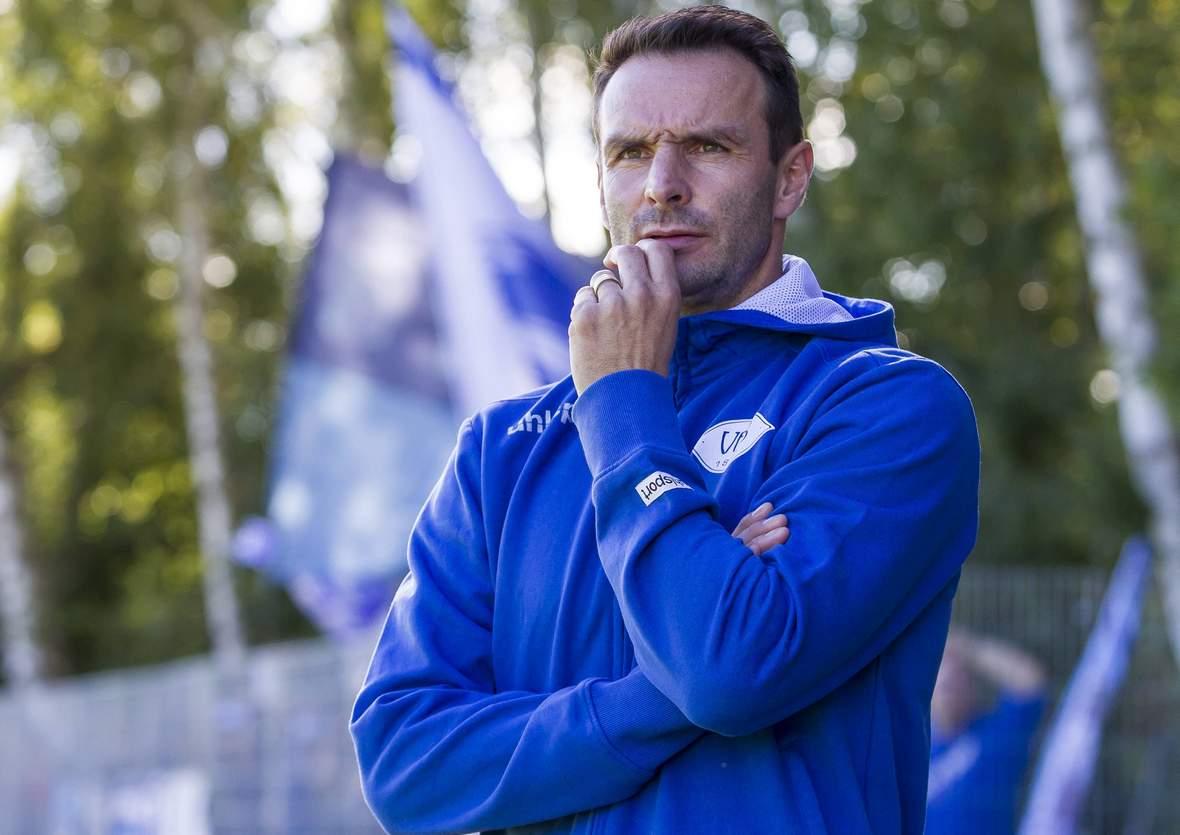 Dietmar Hirsch, Trainer des VfB Oldenburg.