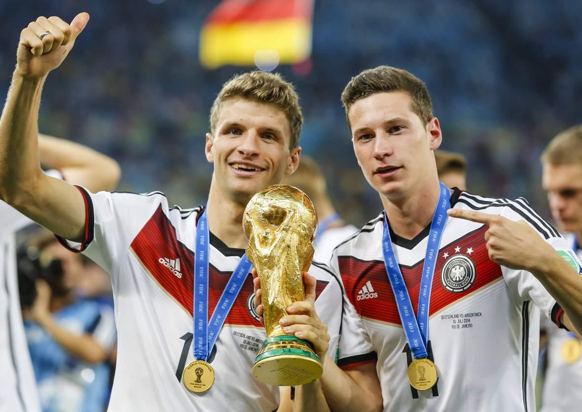 Feiern Müller & Draxler wieder mit dem WM-Pokal? Jetzt auf Weltmeister Deutschland wetten