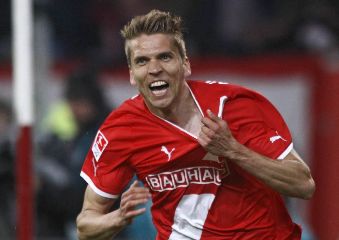 Ranisav Jovanovic jubelt für Fortuna Düsseldorf