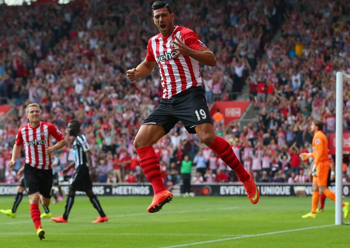 Graziano Pelle bejubelt einen Treffer. Jetzt auf Southampton gegen Norwich wetten.