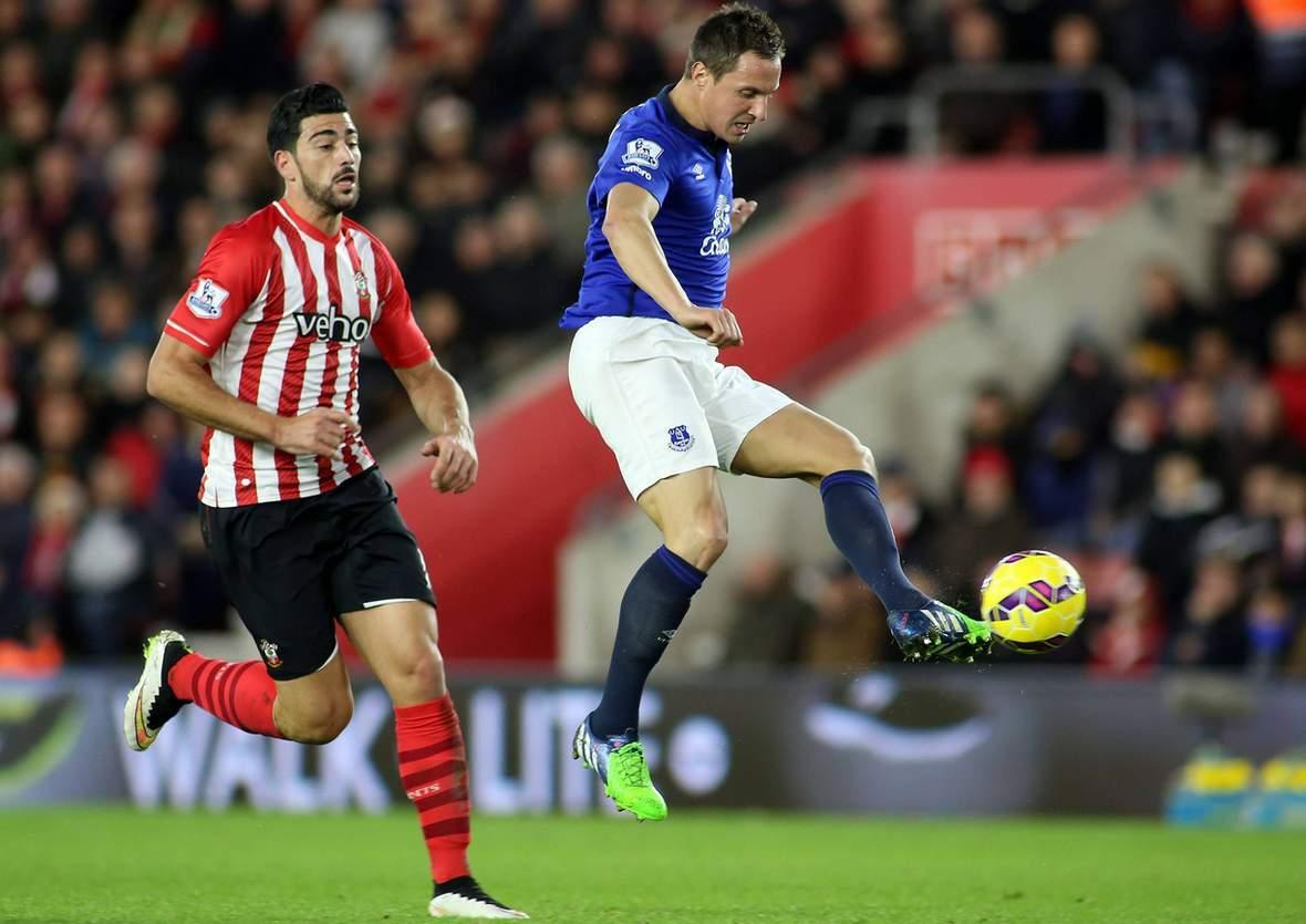 Behauptet sich Jagielka wieder gegen Pelle? Jetzt Everton gegen Southampton tippen