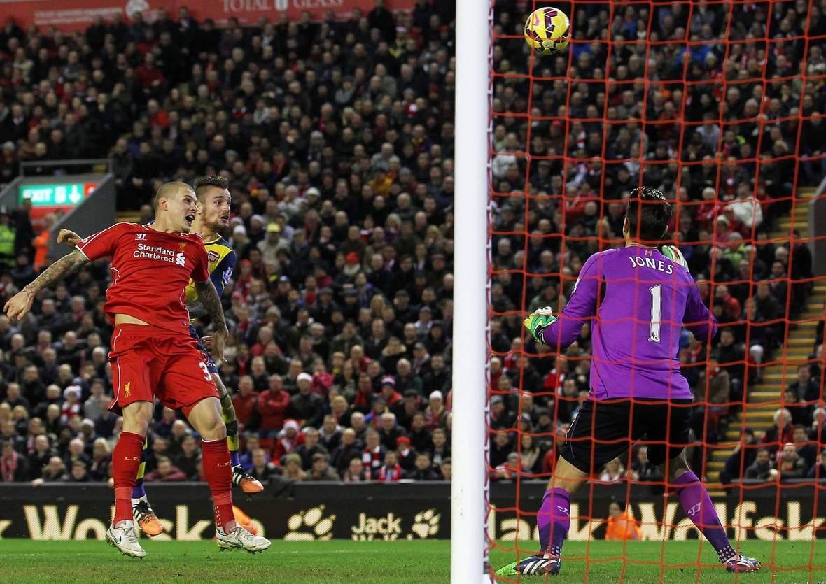 Trifft Debuchy wieder gegen Jones? Jetzt Arsenal gegen Liverpool tippen