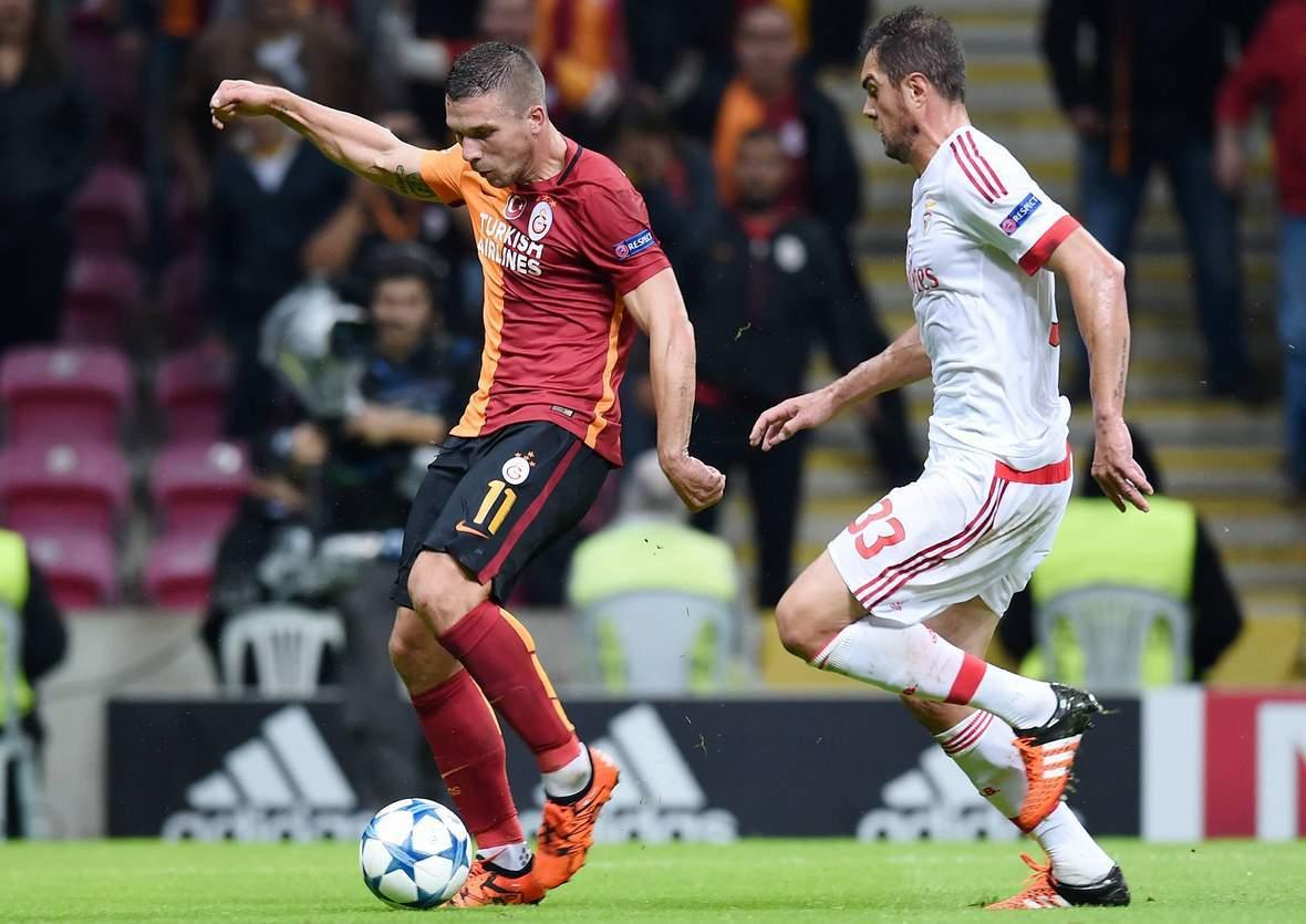 Schießt Podolski wieder ein Tor? Unser Wett Tipp: Benfica gegen Galatasaray endet unentschieden