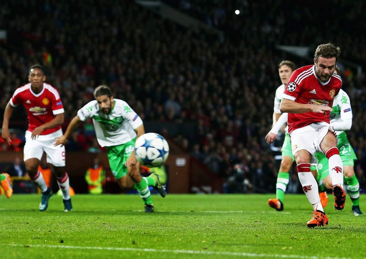 Trifft Juan Mata wieder per Elfmeter? Unser Tipp: Wolfsburg gegen Man United endet unentschieden