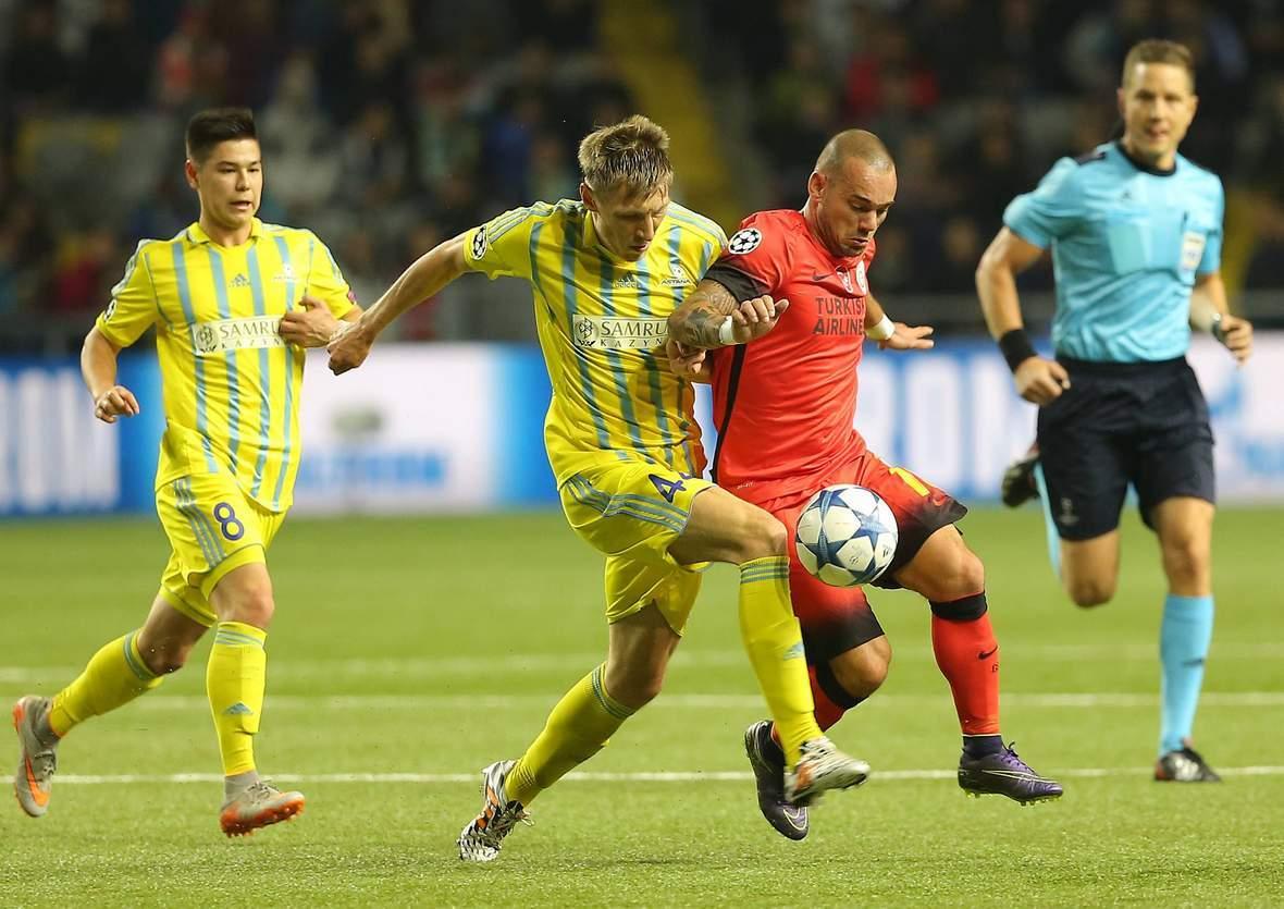 Setzt sich Sneijder wieder gegen Postnikov durch? Unser Tipp: Galatasaray gewinnt gegen Astana