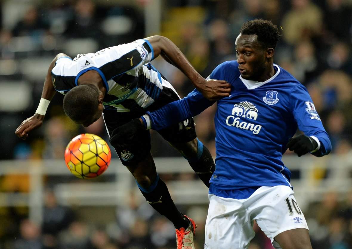 Setzt sich Mbemba gegen Lukaku durch? Unser Tipp: Everton gegen Newcastle endet unentschieden