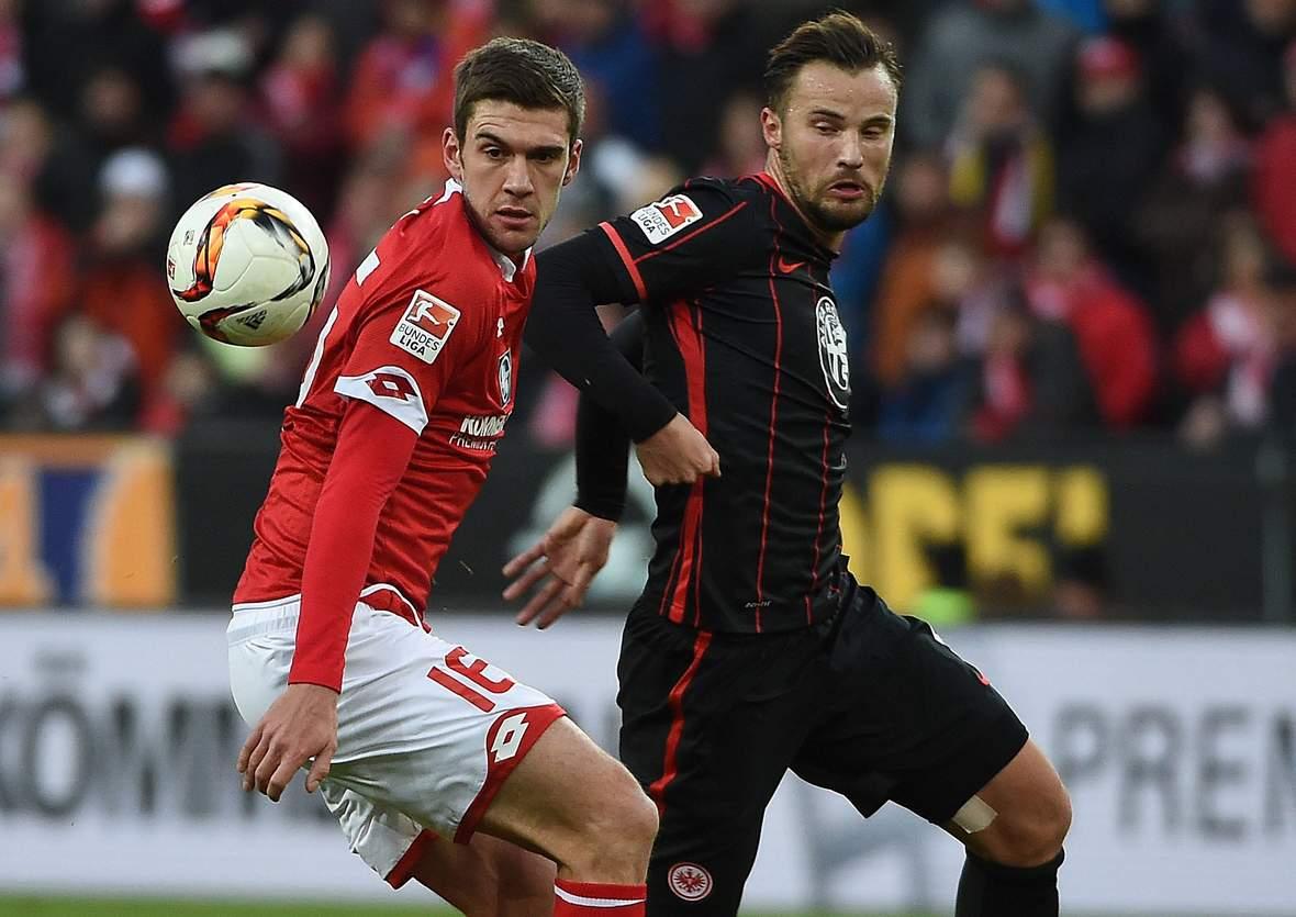 Setzt sich Bell gegen Seferovic durch? Unser Tipp: Eintracht Frankfurt gewinnt gegen Mainz 05