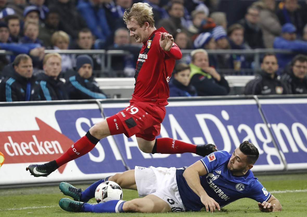 Setzt sich Brandt gegen Kolasinac durch? Jetzt auf Leverkusen gegen Schalke wetten